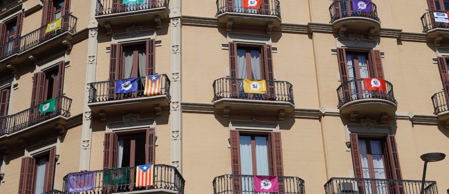 Catalan_independence_referendum_2017_-_Flags